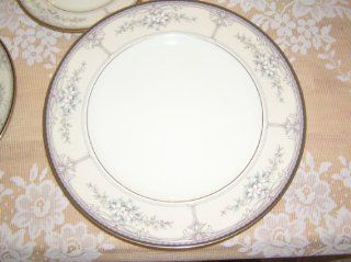 Noritake Bone China Churchill Pattern Dinner Plate  Dinnerware Sets