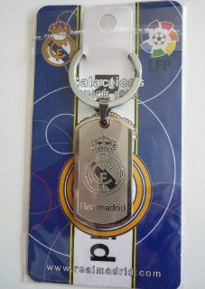 REAL MADRID METAL TAG LOGO FOOTBALL SOCCER KEYCHAIN KEY CHAIN : Sports Fan Keychains : Sports & Outdoors
