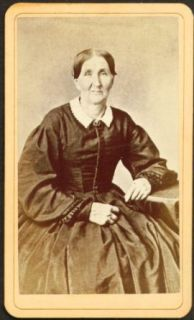 Seated older woman CDV Moore Brothers Springfield MA: Entertainment Collectibles