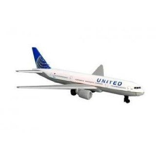 Toy / Game High Quality United Airlines 777 New Colors die cast metal   Great Collection Idea for Kids & Adult Toys & Games