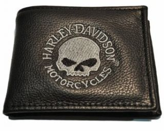 Harley Davidson Men's Embroidered Bi Fold Gray Skull Wallet. FB808H 5G: Clothing