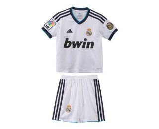 REAL MADRID Home 2012/2013 Junior Soccer Mini Kit: Sports & Outdoors