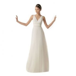 Wabl New 2014 Pure Pleated Chiffon V neck Beaded Sash Wedding Dress Free Gift at  Women�s Clothing store: White Dress