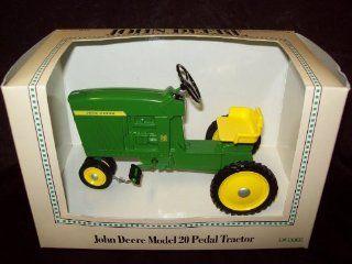John Deere Model 20 Pedal Tractor 1/8 Ertl Toys & Games