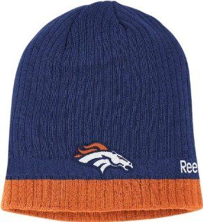 Denver Broncos Reebok 2010 Sideline Cuffless Knit Hat  Sports Fan Beanies  Sports & Outdoors
