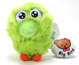 Furyu Official Sesame Street Screen Cleaner Plush Strap   3305   Green Big Bird: Toys & Games