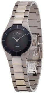 SKAGEN Wrist watch 585XSTXM for women (Japan Import): Watches