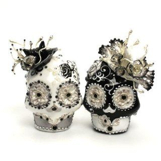 Mr. & Mrs. Black & White Skull Lover Wedding Cake Toppers Day of The Dead A00057 Gothic Wedding Calavera Ceramic Handmade  Wedding Ceremony Accessories