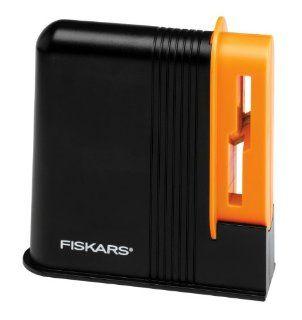 Fiskars Desktop Scissors Sharpener (98617397)