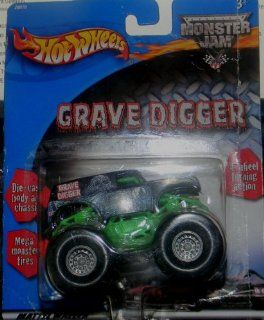 2001 HOT WHEELS MONSTER JAM GRAVE DIGGER MONSTER TRUCK DIE CAST BODY AND CHASSIS RETIRED AND HARD TO FIND