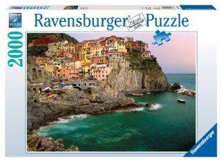 Ravensburger Cinque Terre, Italy   2000 Piece Puzzle: Toys & Games