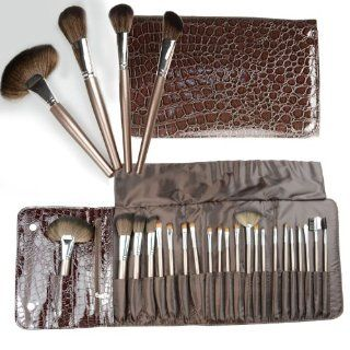 Luxury Cosmetic Brush Set, probably the Best Bushes in the Worldthe Coastal Scents 22 Piece Beauty Brush Set Is the Ideal Assortment of Cosmetic Brushes for Beginners to Professionals. This Deluxe Collection Includes 22 Unique Brushes with a Variety of Syn