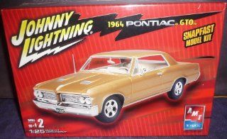 #38519 AMT/Ertl Johnny Lightning 1964 Pontiac GTO SnapFast 1/25 Scale Plastic Model Kit,Needs Assembly Toys & Games