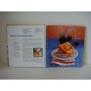 Williams Sonoma The Kid's Cookbook: A great book for kids who love to cook (Williams Sonoma Lifestyles): Abigail J. Dodge: 0749075300294: Books
