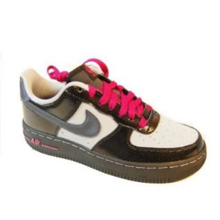 Nike Air Force 1 (GS) Youth Basketball Shoes (Blk/Mtllc Hmt Wlf Gry Bright Cr) 6.5y: Shoes