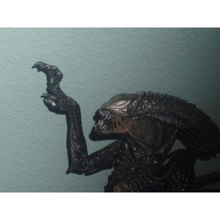 Aliens vs. Predator: Requiem Action Figure: Toys & Games