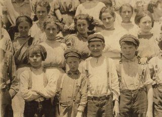1912 child labor photo Detail of faces of younger workers in Aragon Mill, Roc g9