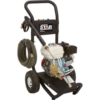 NorthStar Gas Cold Water Pressure Washer — 3000 PSI, 2.5 GPM, Honda Engine, Model# 15781720  Gas Cold Water Pressure Washers