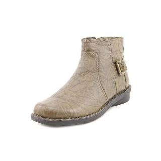 Clarks Womens Nikki Star Q Leather Boots   Wide   16460369