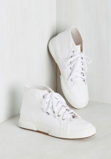 Aye, Aye, Action! Sneaker in White  Mod Retro Vintage Flats