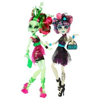 Monster High Zombie Shake™ Rochelle Goyle® and Venus McFlytrap® 2