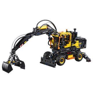 LEGO Technic Volvo EW160E (42053)    LEGO