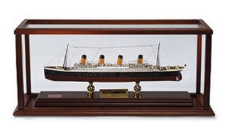 RMS Titanic Signed by Millvina Dean   1/500 Scale   DO NOT USE