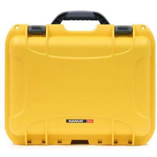 Nanuk Medium Series 920 NK 7 Resin Protective Case with Padded Dividers, Yellow 920 2004